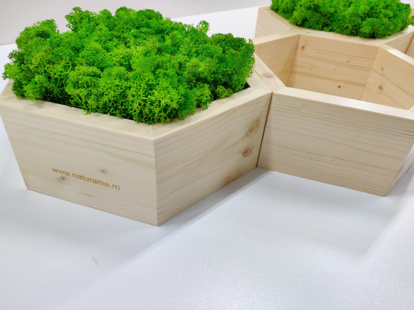 Rama hexagonala lemn natur gravat